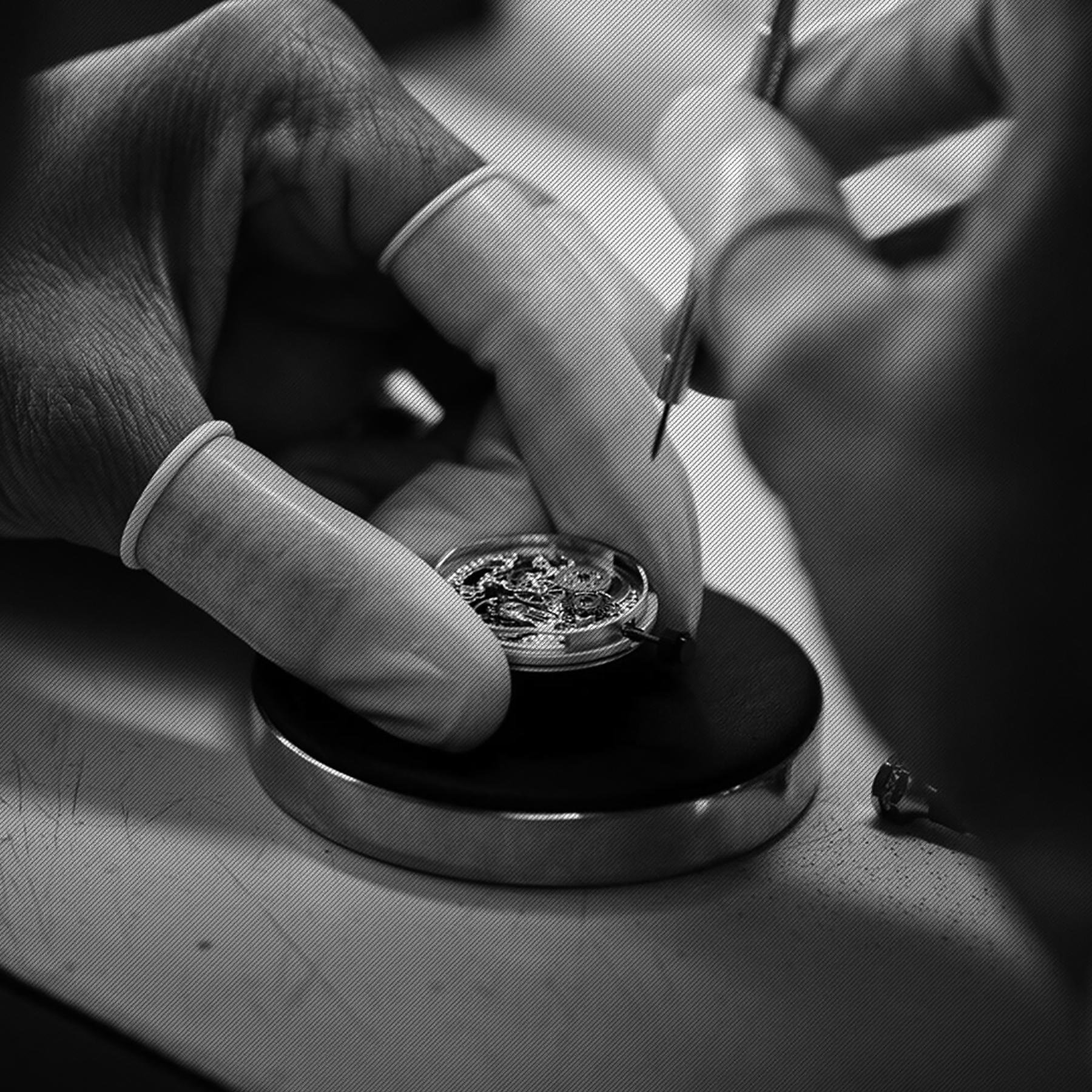 高品質な時計修理・オーバーホール・電池交換のことならATELIER EAU ROUGE(アトリエ オールージュ)